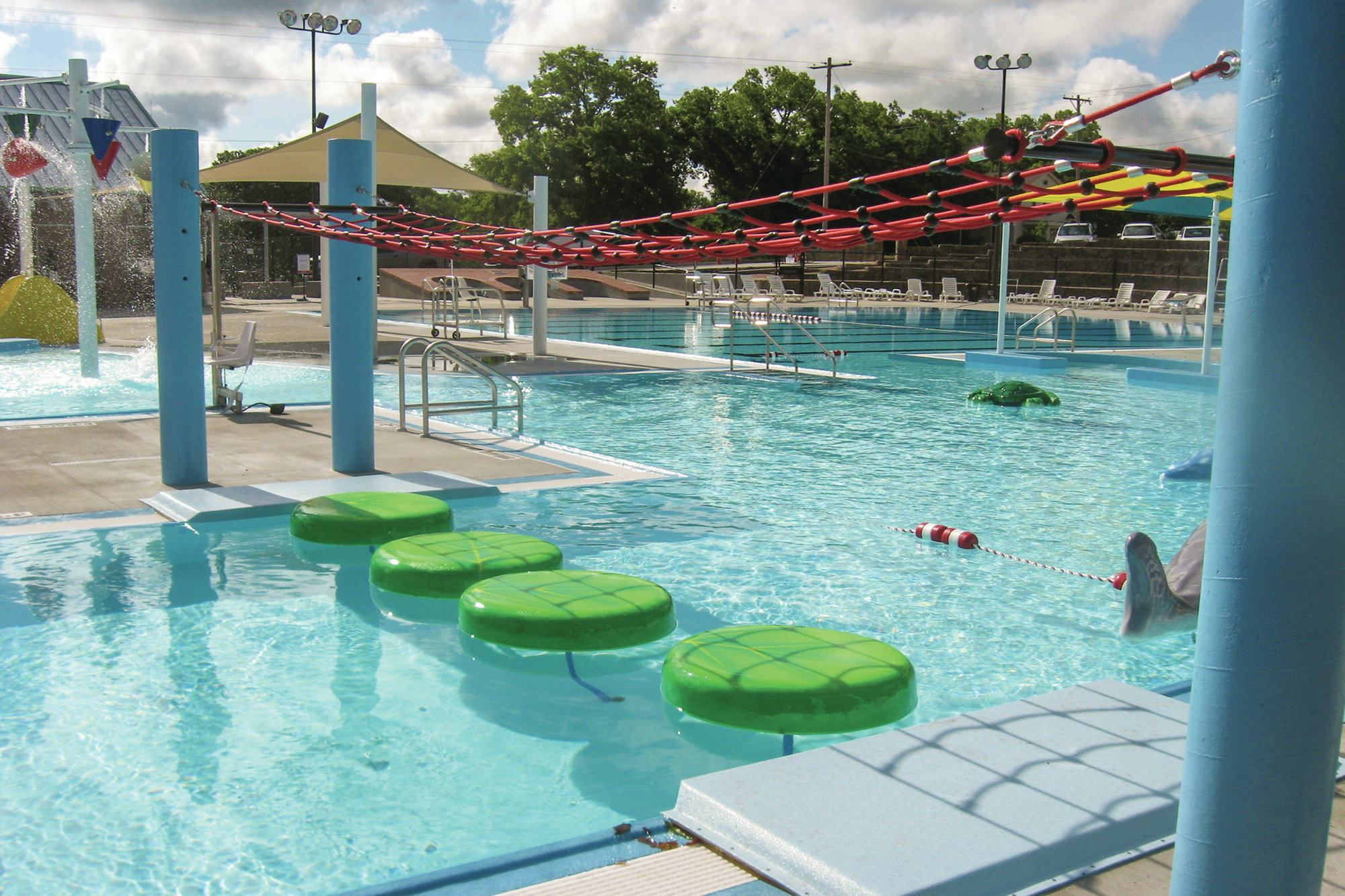 Fort Scott Aquatic Center Earns Dream Designs Title ... Swimming Pool Designs With Slides