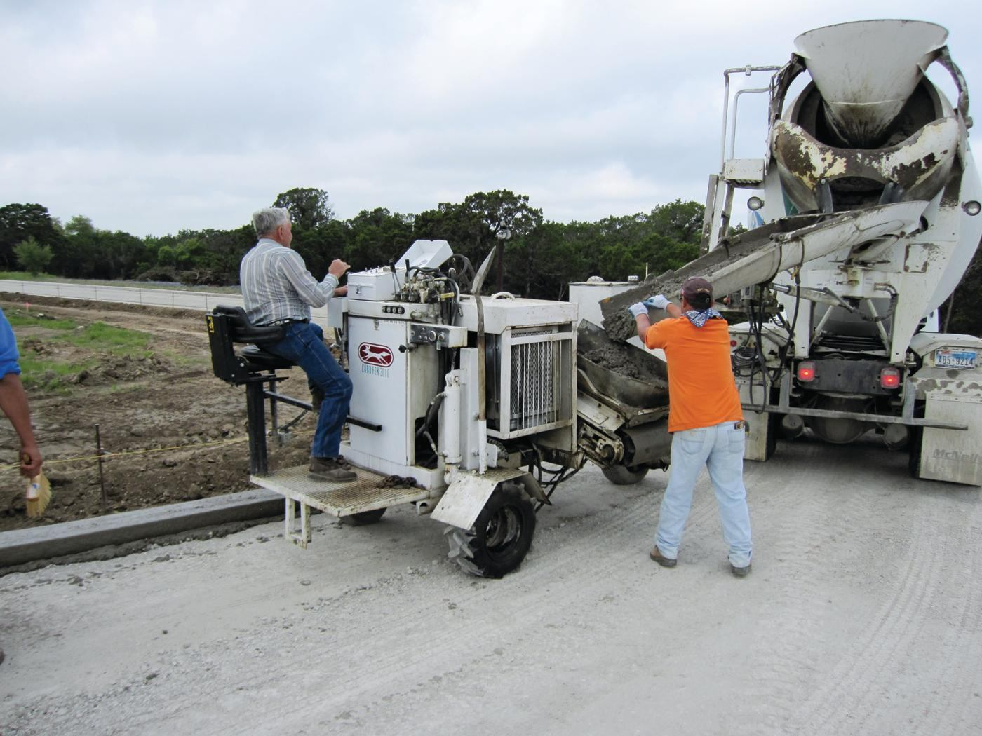 Curb Fox Equipment Cub Fox 3000 Slipform Paver Concrete