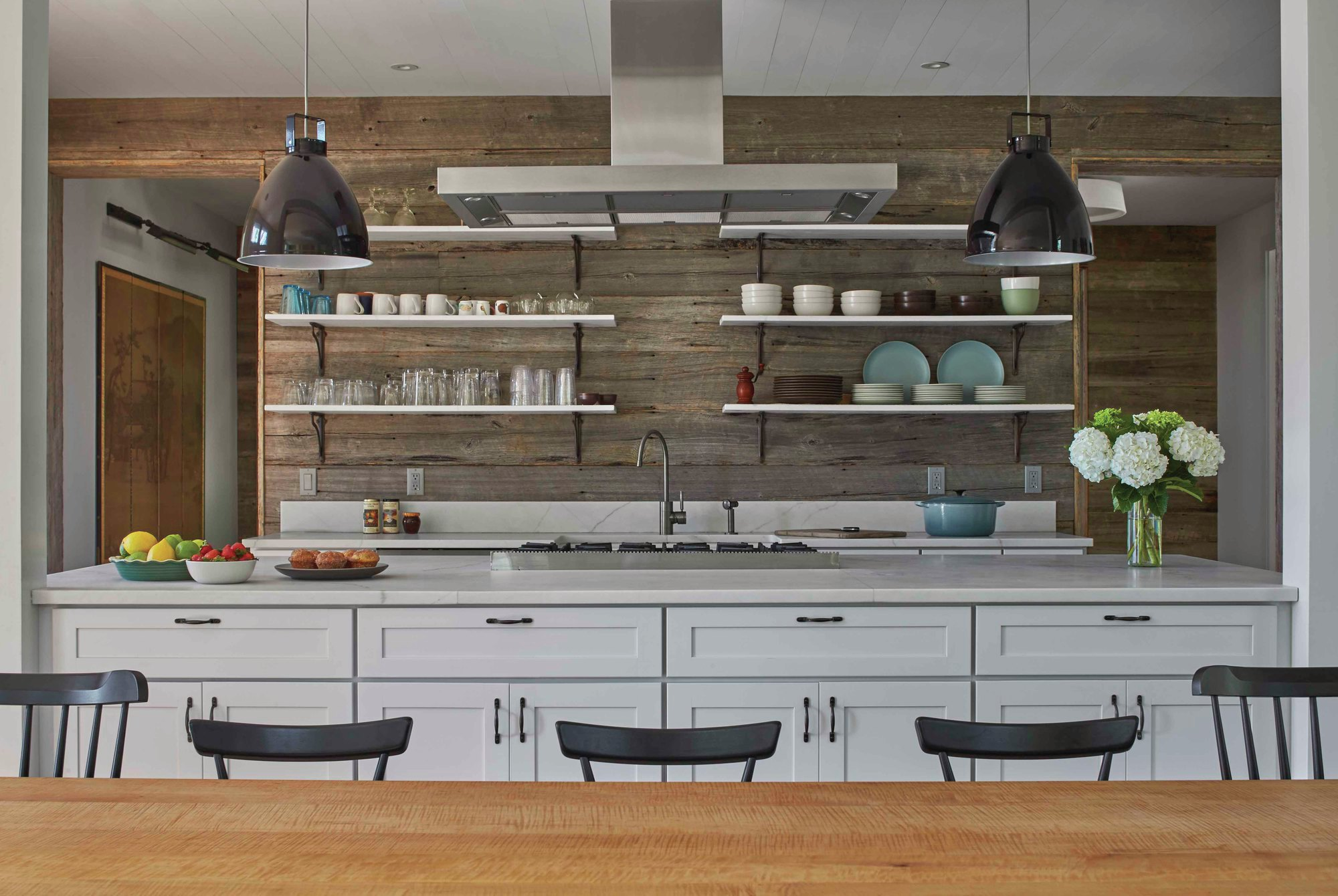Modern Farmhouse Decor Tips We Learned From Chip And Joanna Gaines | Custom  Home Magazine | Design, Interior Design, Kitchen, Countertops, Sinks, Wood