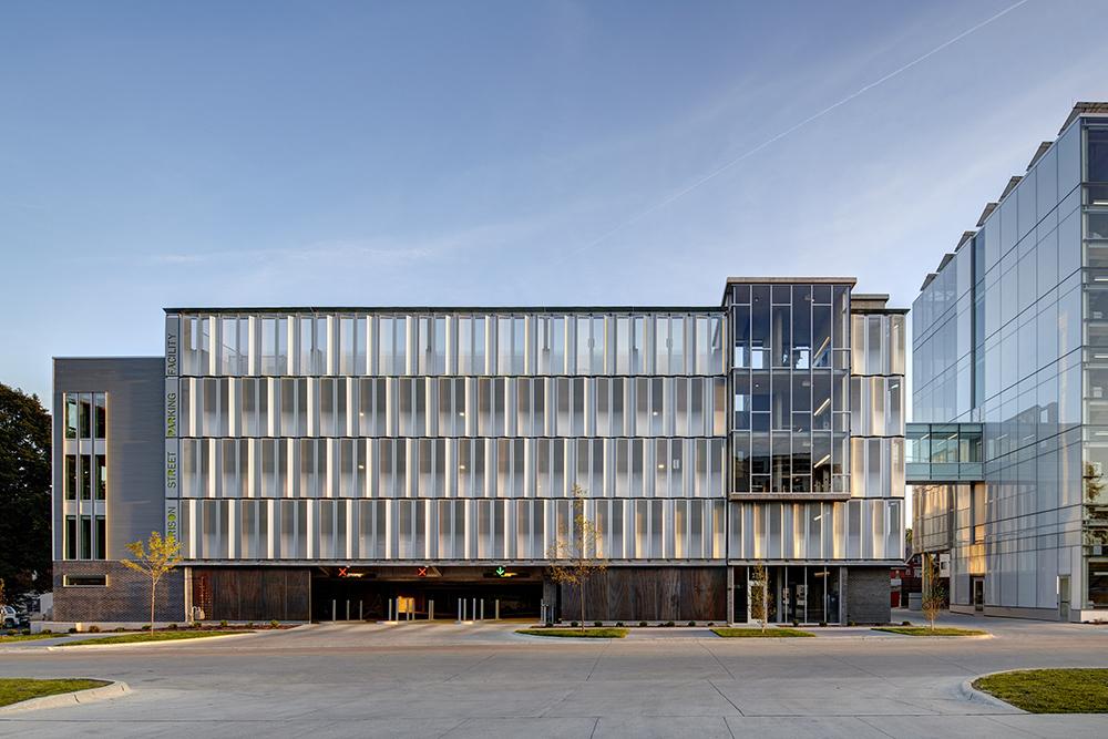Harrison Sabin Architect Magazine Neumann Monson Architects Iowa City Ia Commercial