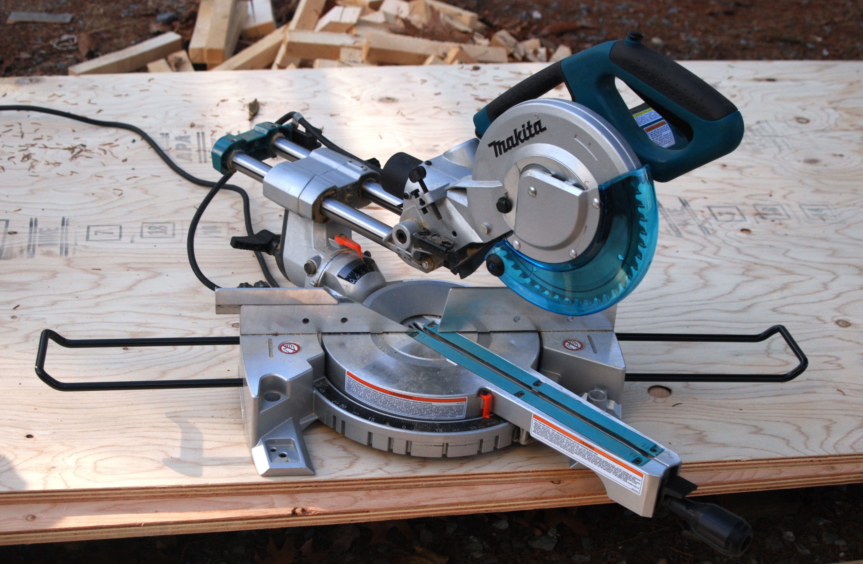 Makita Ls0815f Slide Compound Miter Saw Tools Of The