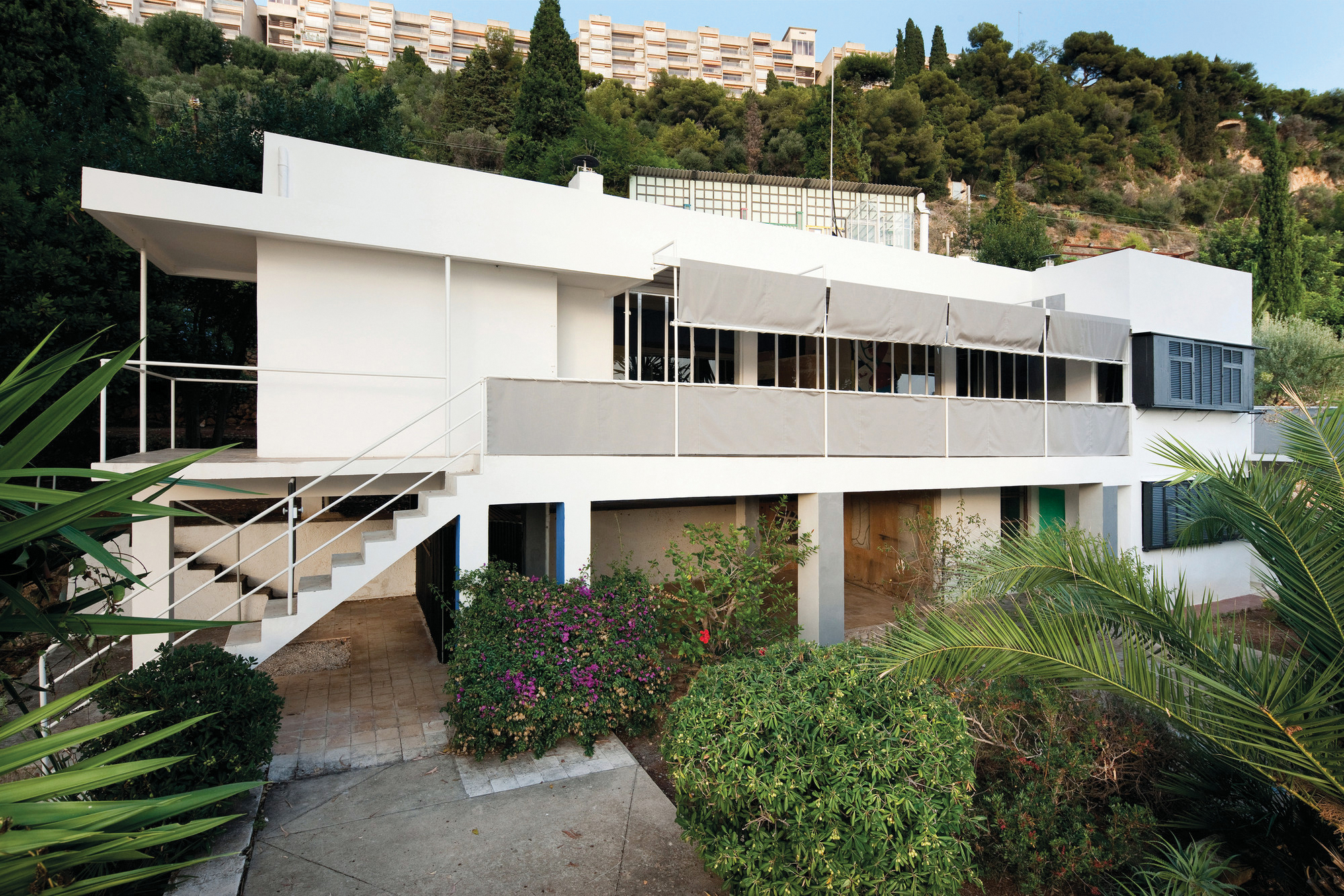Restoring Eileen Gray's E-1027 | Architect Magazine | Historic  Preservation, Arts and Culture, Architects, Paris, France, Le Corbusier