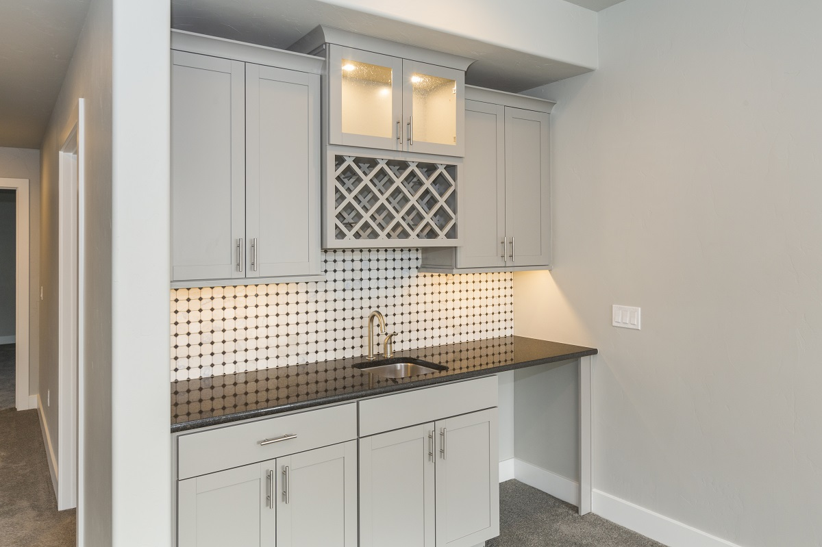 Analysis Build A Great Wet Bar In Your Basement