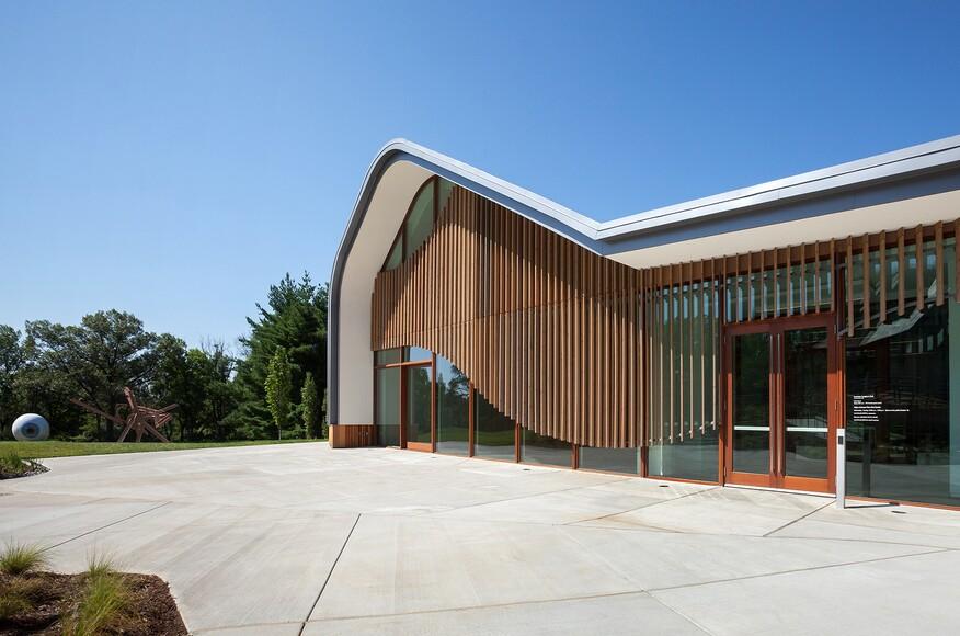 Adam aronson fine arts center architect magazine for Aronson and associates
