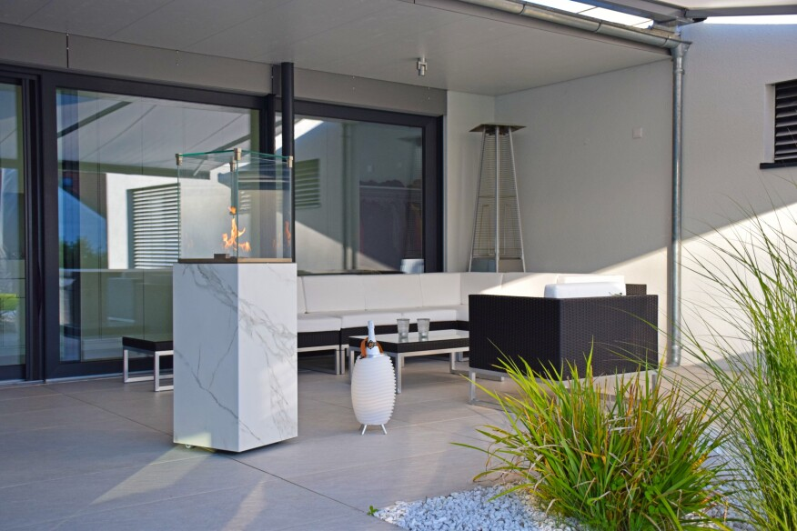 Neolith Partners With Cb Stone Tec On Outdoor Fireplace