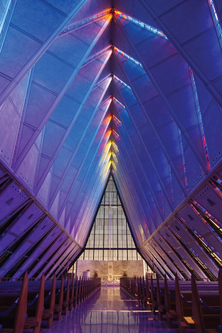 Som 39 S Polaris Hall Takes Flight At The U S Air Force Academy Architect Magazine Historic