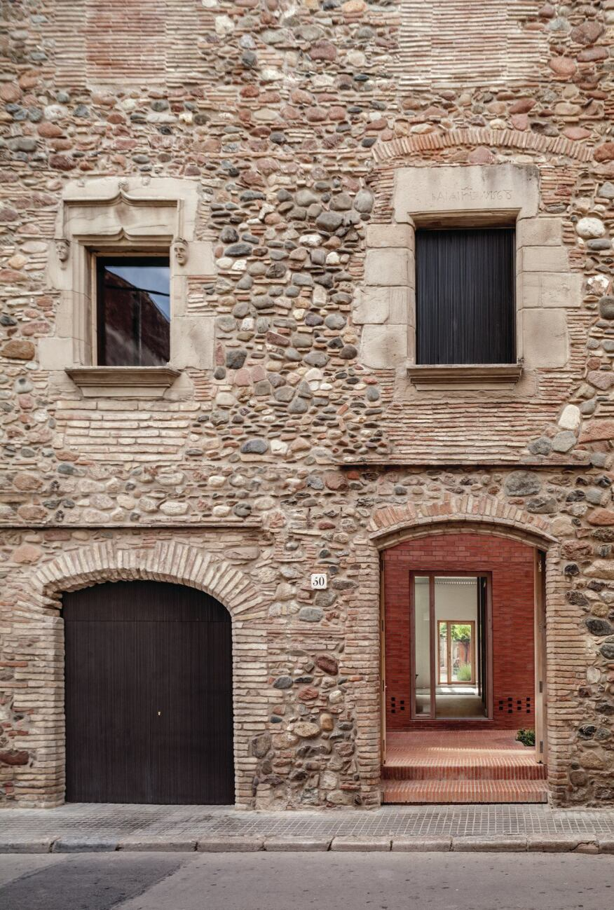House 1014 designed by h arquitectes architect magazine for Local residential architects near me