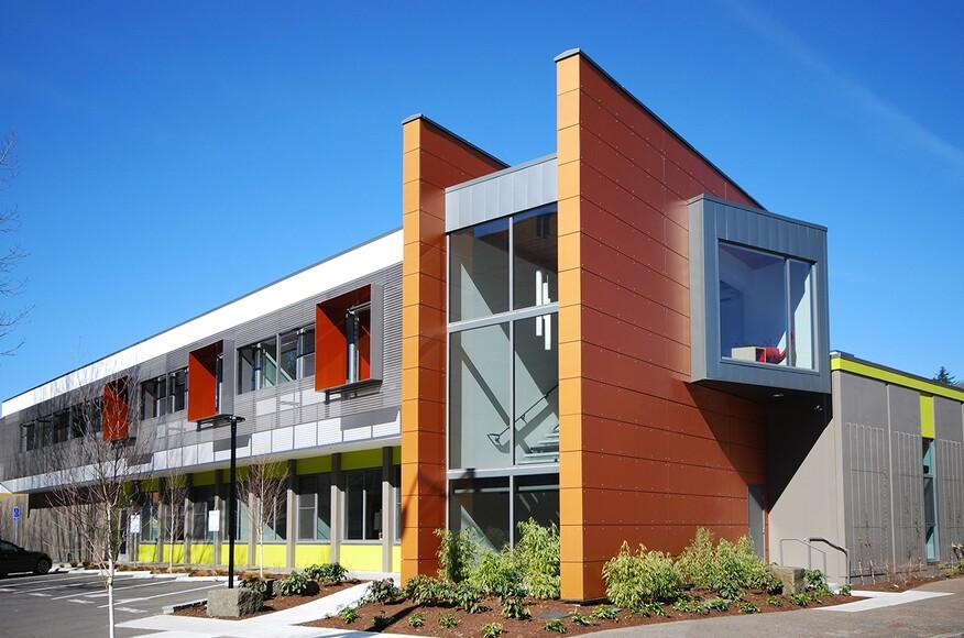 Pacific northwest publishing architect magazine 2form for Residential architects eugene oregon