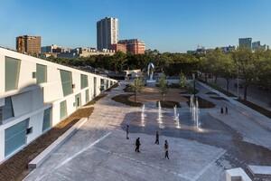 glassell school of art architect magazine steven holl architects