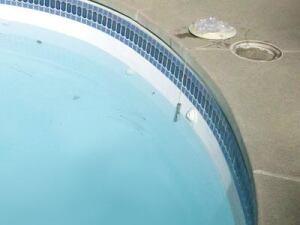 Tracking Down Cracks Pool Amp Spa News