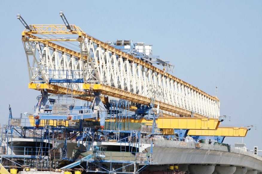 1 500 Ton Crane Being Assembled For Texas Bridge Project
