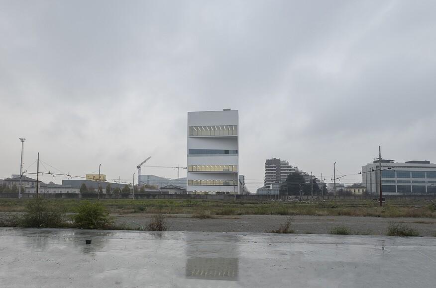 Torre fondazione prada architect magazine office for - Office for metropolitan architecture oma ...