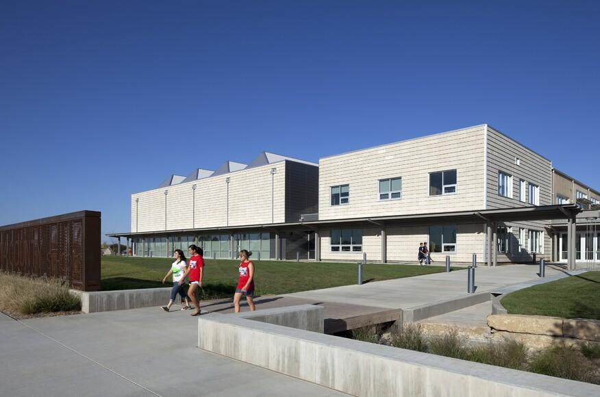 kiowa county schools architect magazine bnim greensburg ks