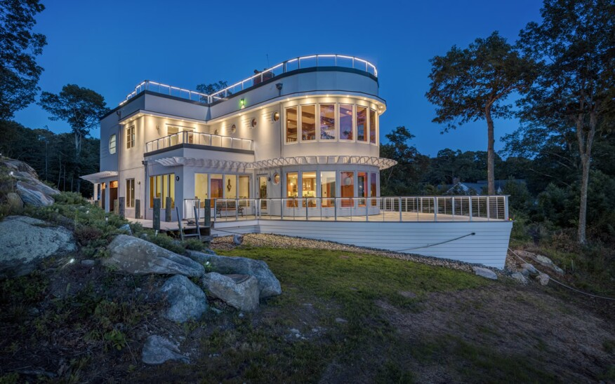 Ahoy welcome to the boat house architect magazine for Www feeneyinc com