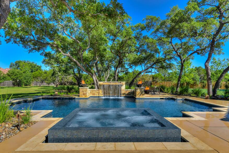 Keith Zars Pools Awarded Tops In Customer Service Pool