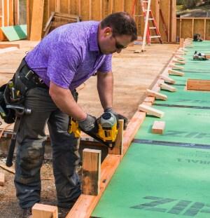 Dewalt Dcn690 Cordless Framing Nailer Tools Of The Trade