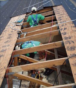 Can Roofers Help Homes Survive Tornadoes Remodeling