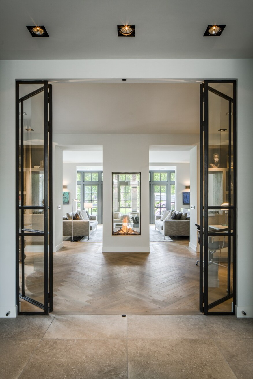 Eleven Contemporary- and Traditional-Style Gas Fireplaces ... on