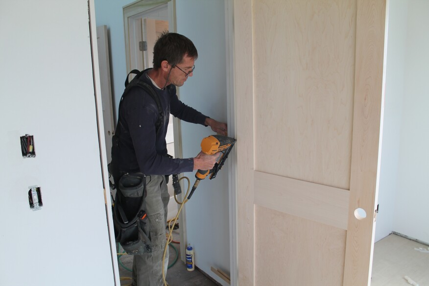 Hanging Pre Hung Interior Doors Jlc Online Interiors Doors
