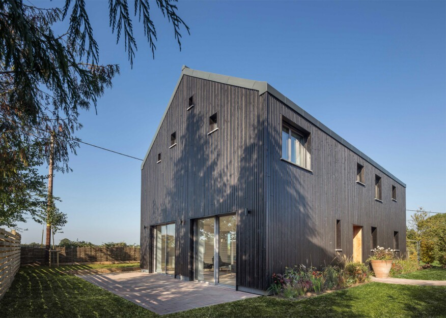 A Barn-like Passive Home in Rural Britain | EcoBuilding Pulse ...