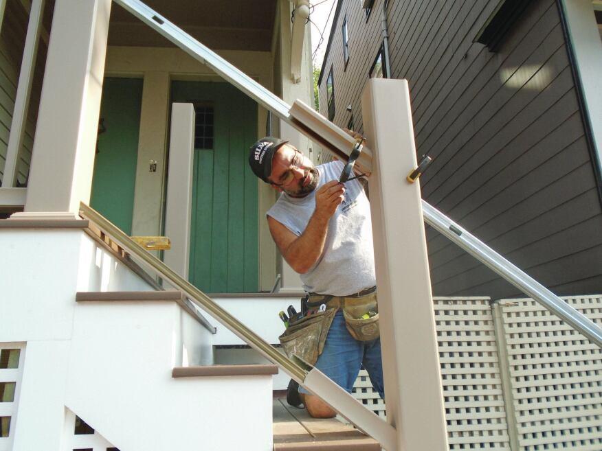 Installing A Composite Rail Kit Professional Deck Builder