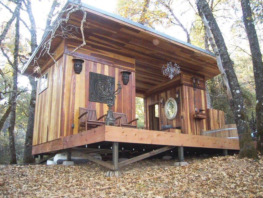 Redwood sauna and bath house professional deck builder for Outdoor bath house plans