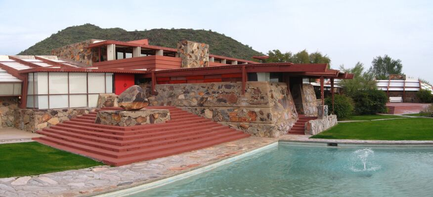 frank lloyd wright school of architecture could lose accreditation