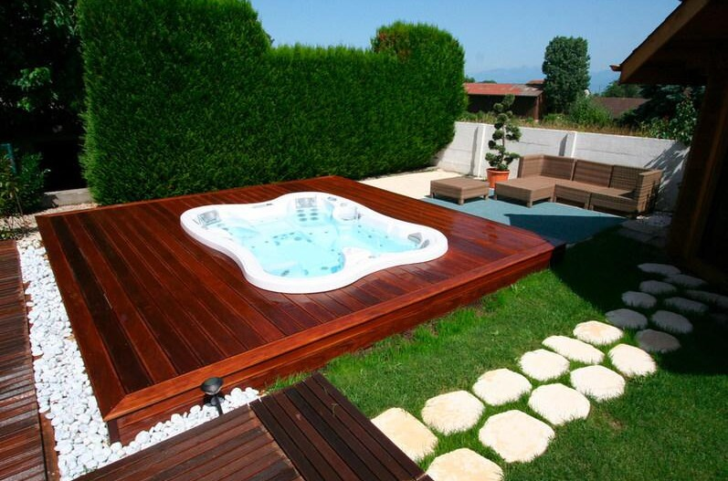 Innovative Architectural Solutions for Backyard Spas | Architect ...