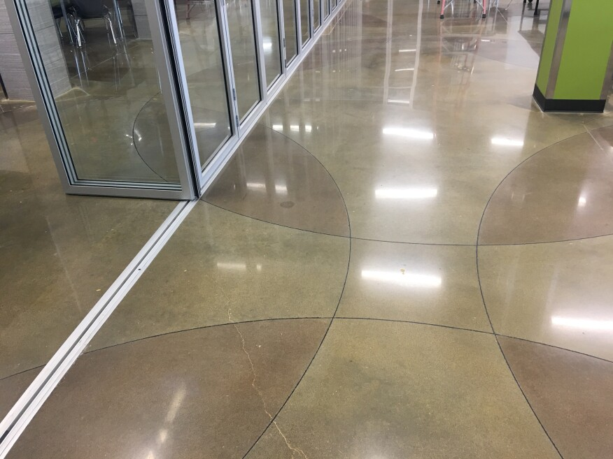 Polishing And Engraving Circles For A School Floor