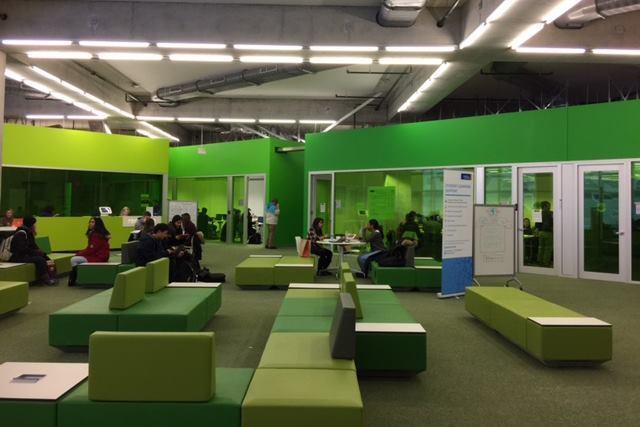 Sn hetta 39 s ryerson university student learning center in for Chair in engineering design university of toronto
