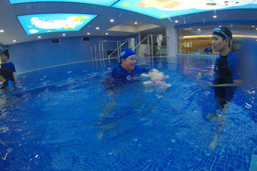 538d477890 Meet Debbie Sayers: U.S. Swim School Ambassador to China  Aquatics ...