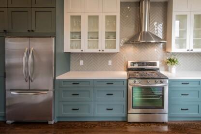 Where To Start and Stop Kitchen Backsplashes | Builder Magazine