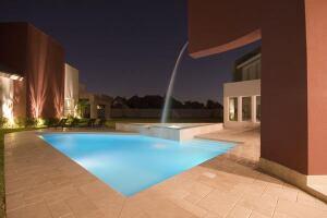 Category Concrete Pools