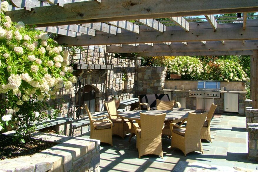 Image of: Patio With Pool And Grill Inside Granitegrilltopfacedstonegrillpaverpatiopooldeck