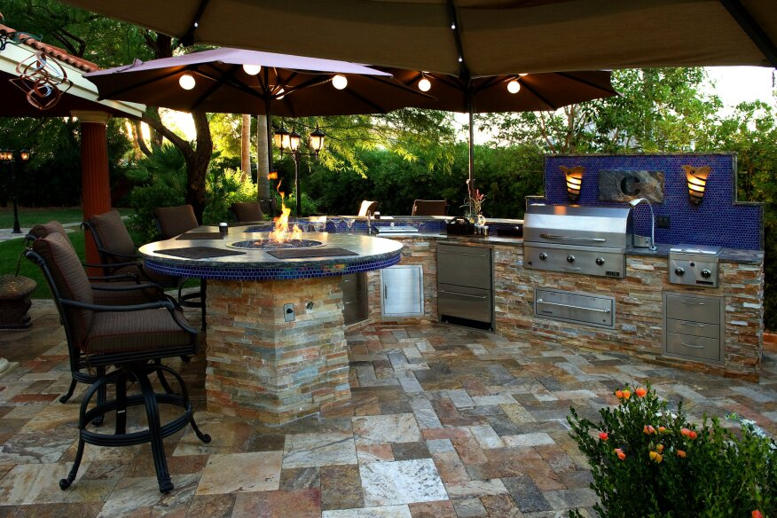 Backyard Living Trends| Pool & Spa News on Outdoor Living Pool And Spa id=86014