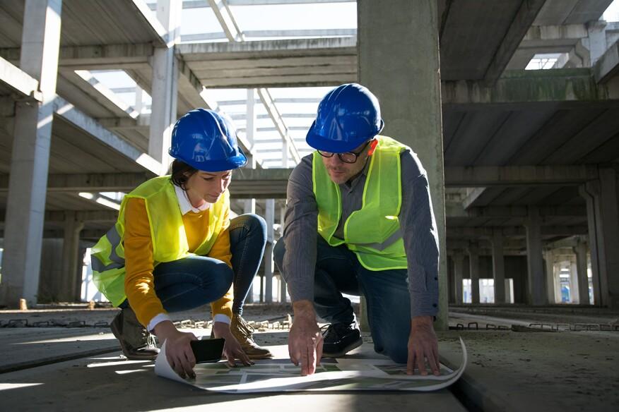 两个建筑专业人士咨询计划