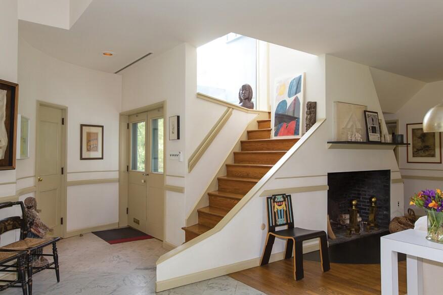 Vanna Venturi House Listed for $1.75 Million | Architect ... on