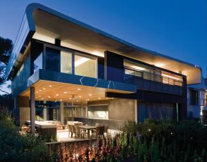 Hover House 2 Los Angeles Custom Home Magazine Award