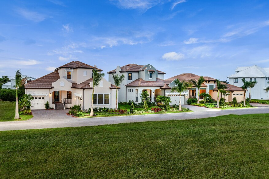 New Waterfront Models Open In Tampa Bay