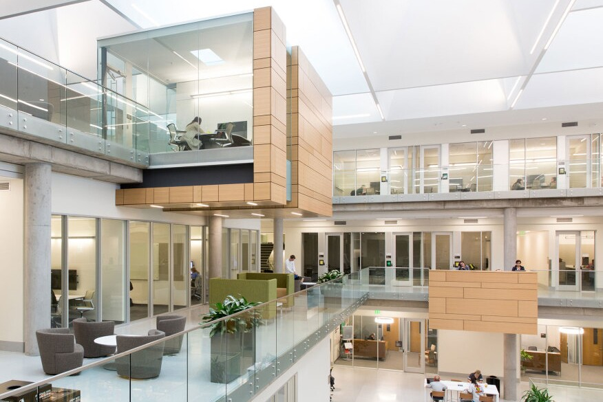 Paul l foster campus for business and innovation 39 s award - Interior design schools in alabama ...