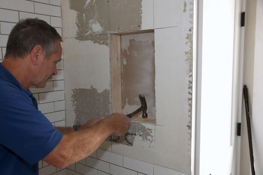 Tiling a Shower Niche | JLC Online | Tile, Shower