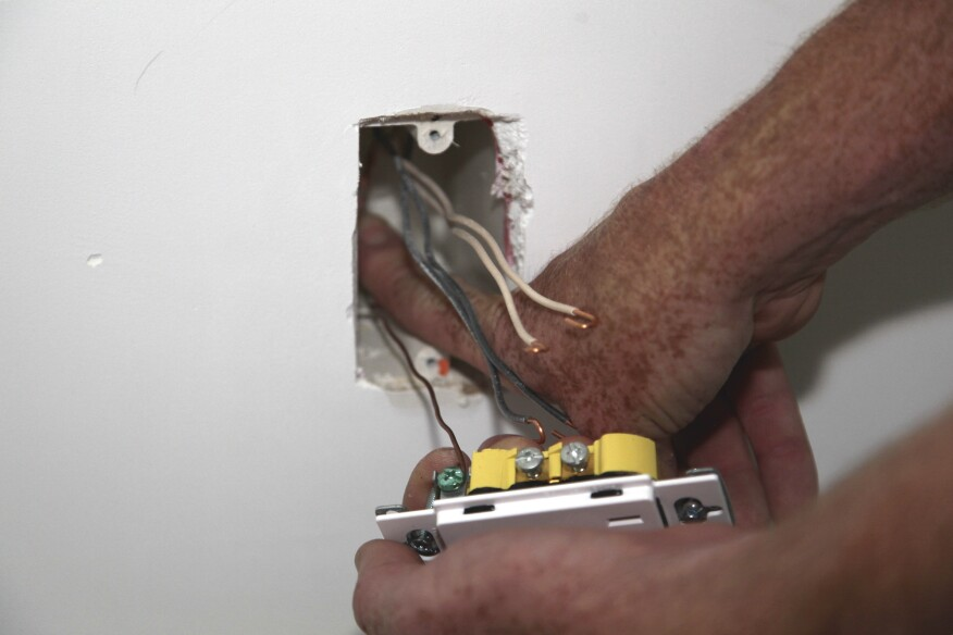Wiring Receptacles and Switches | JLC Online | Electrical ...