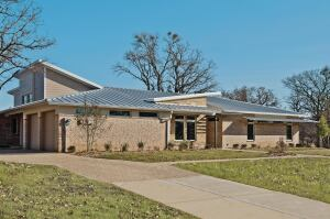 Case study net zero home in lewisville texas sets high for Zero energy homes texas
