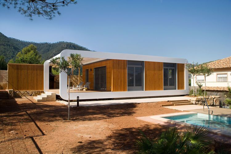 A Plugged-In Prefab Sustainable Smart Home| Ecobuilding Pulse