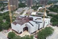 McCarthy Tops Out Houston Fine艺术博物馆