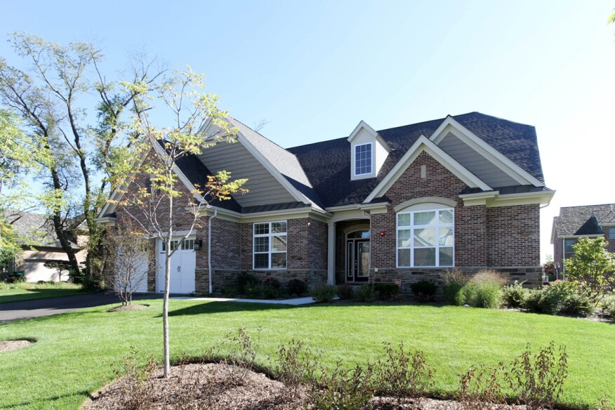 Empty nesters flock to one level designs builder for Builder magazine house plans
