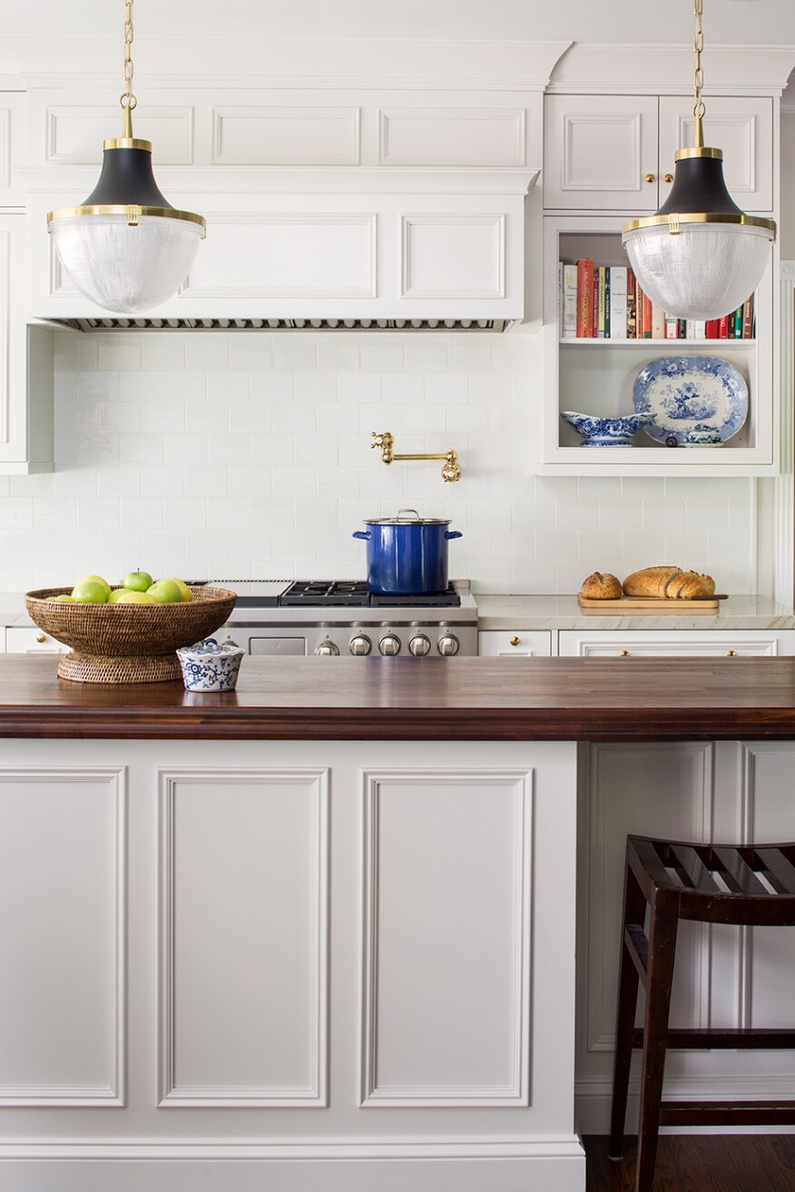 Statement Ranges and Wine Bars are Trending in Custom Kitchens ...