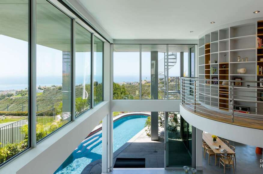 Dupuis design open reflective space san clemente ca for Modern view decking