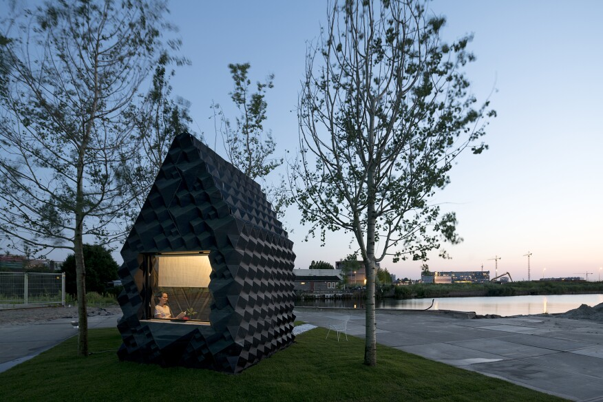 Urban Cabin by DUS
