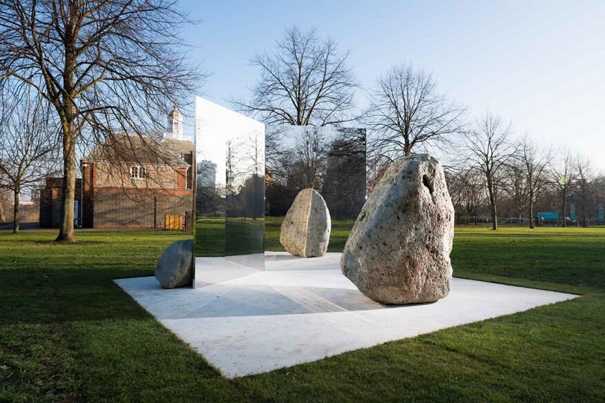"Lee Ufan, Relatum""Stage"" (2018) Installation view, Serpentine Gallery, London"